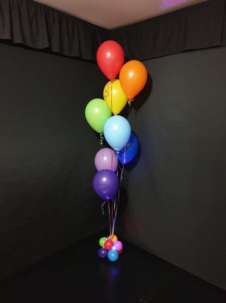 8 Balloons Bouquet